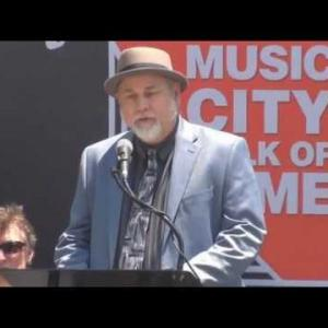 Embedded thumbnail for Dave Pomeroy inducts Bob Babbitt into the Music City Walk of Fame